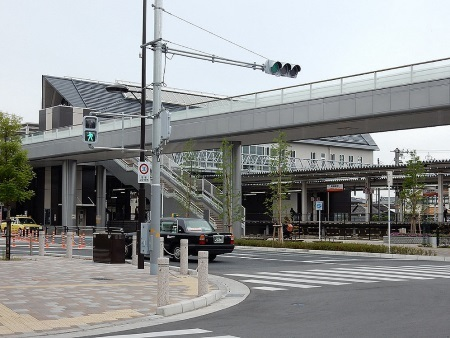 和泉府中駅.jpg