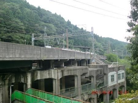 近鉄西青山駅c.jpg