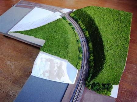 丘切通し緑化1.jpg